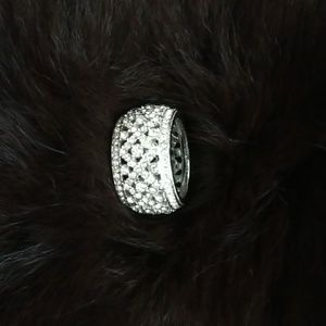 Jewelry - Silver Crystal ring